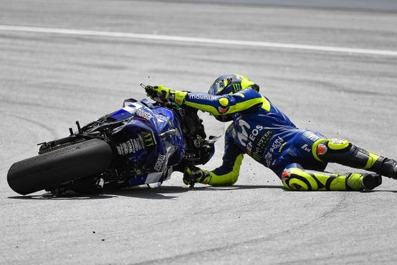 Đua xe mô tô: Xuất phát ở vị trí thứ 7, Marquez vẫn giành chiến thắng thứ 70 ảnh 1