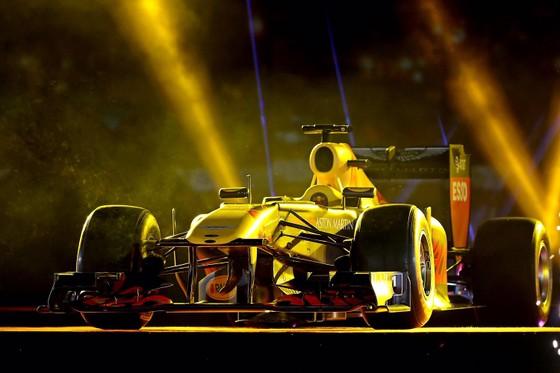 Đua xe F1 đến Việt Nam: Cơ hội gặp Hamilton, Vettel rất gần ảnh 6