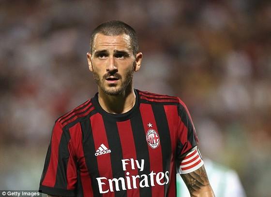 Leonardo Bonucci có thể kiếm được 10 triệu EUR ở AC Milan. Ảnh: Getty Images.