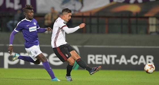 Calhanoglu truyền cảm hứng, Milan thắng Austria Vienna 5-1 ảnh 1