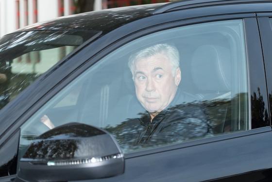 Bayern phải hành động vì dưới trướng Ancelotti có đến 5 kẻ thù ảnh 1