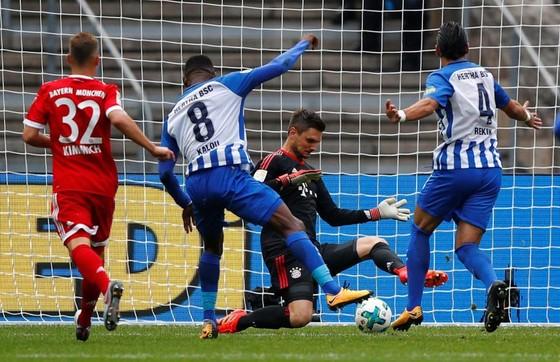 Hertha Berlin – Bayern Munich 2-2: Khởi đầu chật vật cho Willy Sagnol ảnh 1