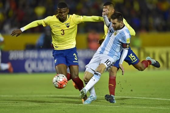 Bóng đá nợ Messi một World Cup ảnh 1