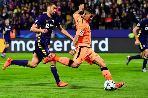 Bảng E: Liverpool đại thắng, Sevilla đại bại ảnh 1