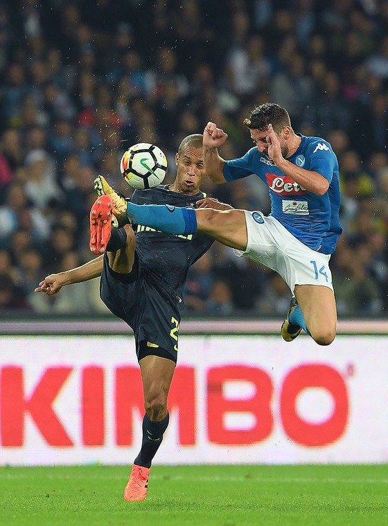 Nín thở dõi theo trận quyết chiến Napoli - Inter ảnh 2