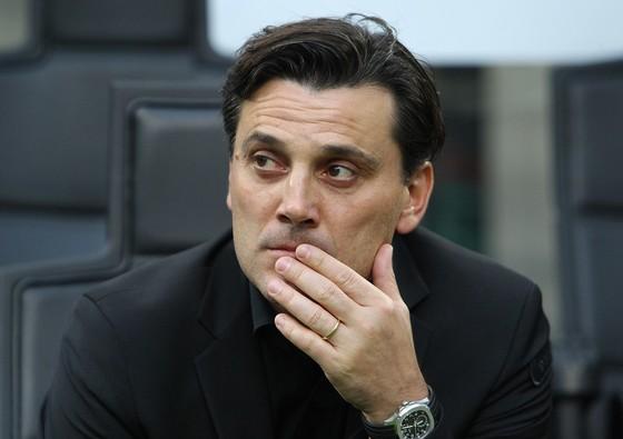 HLV Vincenzo Montella đối mặt với nguy cơ bị  sa thải. Ảnh: Getty Images.