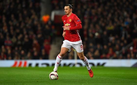 Zlatan Ibrahimovic vẫn còn rất xuất sắc ở tuổi 36. Ảnh: Getty Images.