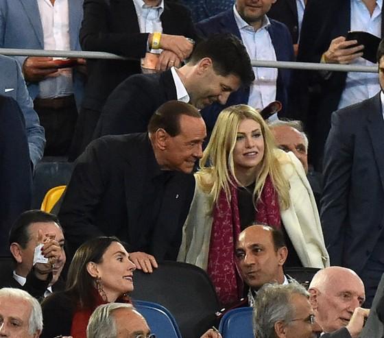 """Berlusconi """"có thể mua lại"""" AC Milan! ảnh 1"""