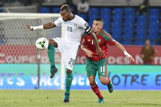 """""""Dao kề cổ"""", Bafana tìm kiếm phép màu trước Senegal ảnh 1"""