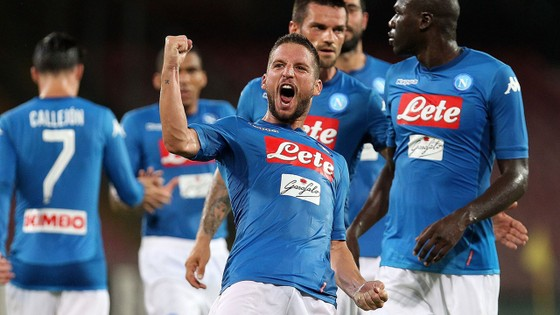 Các ngôi sao Napoli đều phải ra điều trần trước các công tố viên. Ảnh Getty Images.