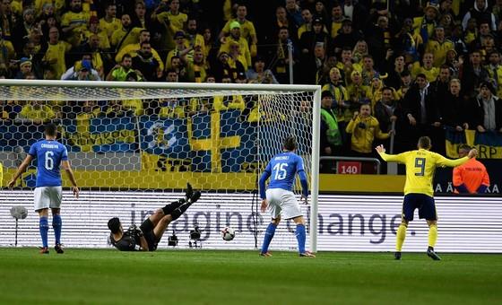 Play-off World Cup 2018: Thụy Điển quật ngã Italia ảnh 2