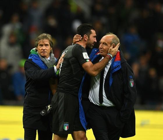 Ai chịu trách nhiệm về thất bại của tuyển Italia? ảnh 1