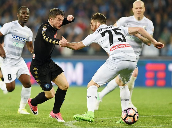 Serie A: Inter đánh chiếm ngôi đầu ở Cagliari ảnh 1