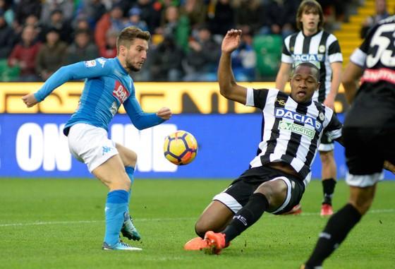 Dries Mertens và Napoli sẽ là nỗi ám ảnh cho các đại gia trong tham vọng giành Europa League. Ảnh: Getty Images.