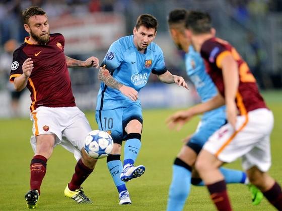 Roma chỉ hy vọng Messi không ra sân.