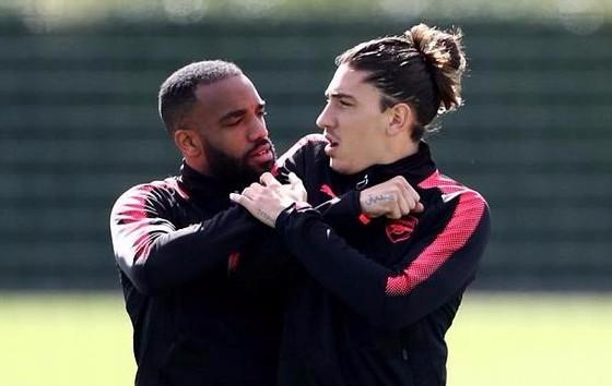 Bán kết Europa League: Arsenal lo lắng đòn phản công Atletico ảnh 1
