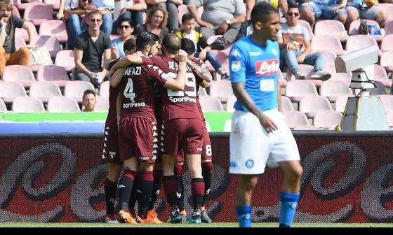 Torino cầm chân Napoli, giúp Juventus vô địch lần thứ 7 liên tiếp ảnh 1