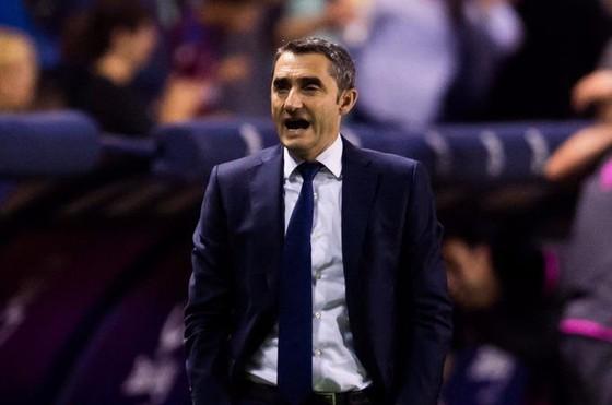 Barca tiếc chuỗi bất bại nhưng hài lòng với mùa giải vĩ đại ảnh 2