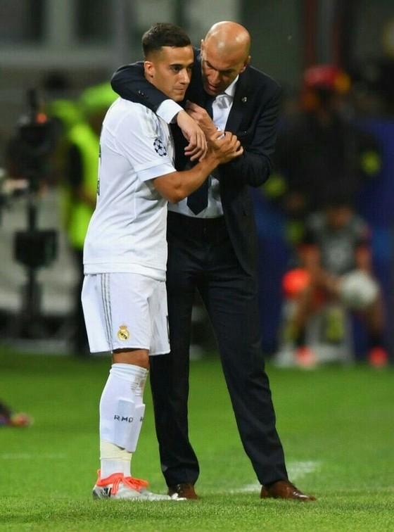 Sốc khi Zidane tuyên bố chia tay Real Madrid ảnh 8