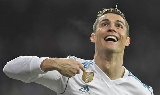 Ronaldo đang yêu sách đòi tăng lương.