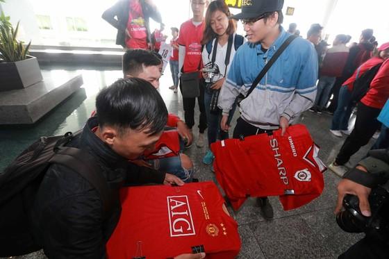 Ryan Giggs và Paul Scholes đã đến Việt Nam ảnh 3