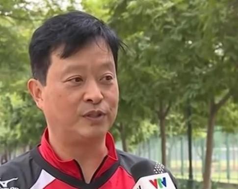 HLV Shuto Koichi đã không làm việc ở vòng 2 cùng bóng chuyền Hải Dương. Ảnh: THIÊN HOÀNG