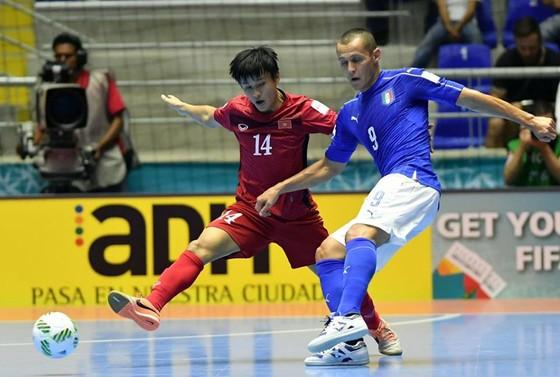 Cầu thủ futsal Việt Nam sang Ấn Độ để đối đầu với Deco ảnh 1