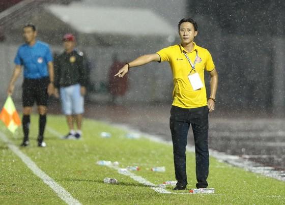 Đánh bại Nam Định 1-0, CLB Sài Gòn thoát khỏi vị trí cuối bảng ảnh 1