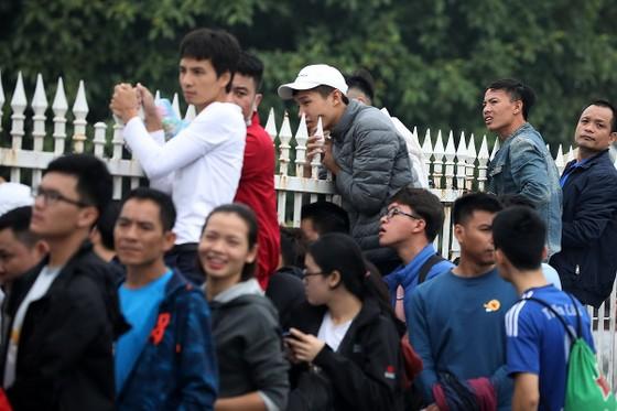 """Sốt vé"" trận Việt Nam – Malaysia ảnh 1"