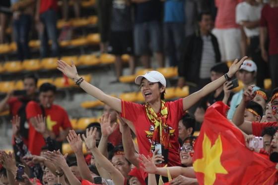 300 triệu đồng cho bài hát hay nhất cổ động bóng đá Việt Nam ảnh 1