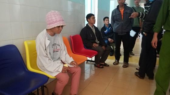 Yêu cầu 5 người nghi có liên quan đến vụ Y Nhiêu bị bà chủ hành hung lên làm việc ảnh 1