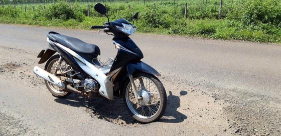 """Đường gần trăm tỷ """"nát bét"""", Công ty Thuận Nguyên phải chịu trách nhiệm sửa chữa ảnh 3"""