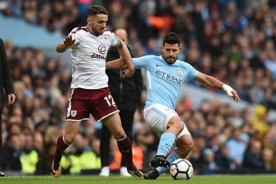 Man.City – Burnley 3-0: Cơn lốc màu xanh ảnh 1