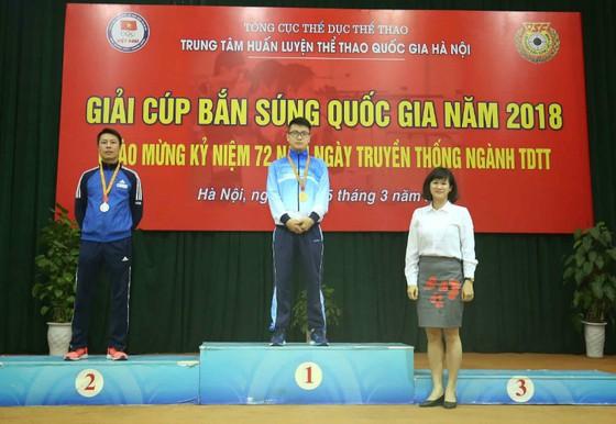 Trần Châu Tùng xô ngã kỷ lục quốc gia ở Cúp bắn súng 2018 ảnh 1