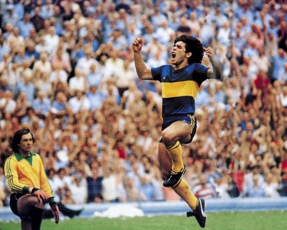 Hồ sơ Diego Maradona: Đường chuyền mở ra một huyền thoại ảnh 1