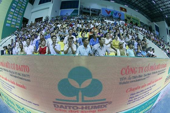 """Cúp bóng chuyền nữ quốc tế VTV9 Bình Điền 2018: Thanh Thuý và các đồng đội """"hạ đẹp"""" Thái Lan ảnh 4"""