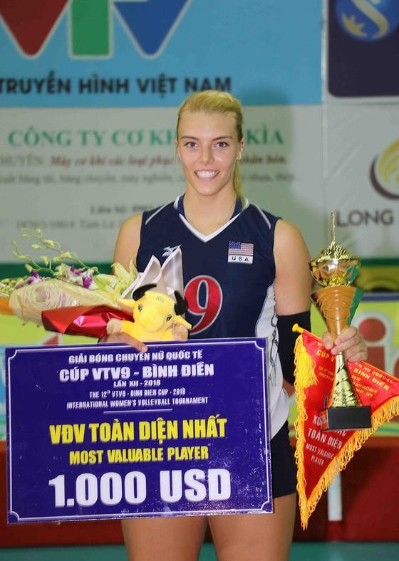 Chung kết Cúp bóng chuyền nữ VTV9 Bình Điền 2018: Ngược dòng ngoạn mục, Giang Tô lên ngôi! ảnh 7
