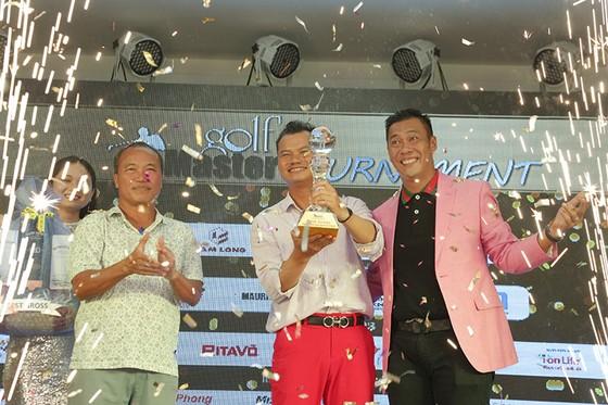 Golfer Nguyễn Tuấn Anh (gi