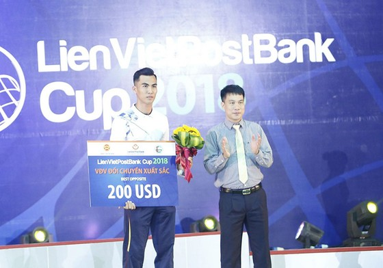 Cúp bóng chuyền nam quốc tế Liên Việt 2018: Việt Nam hài lòng với tấm HCĐ ảnh 3
