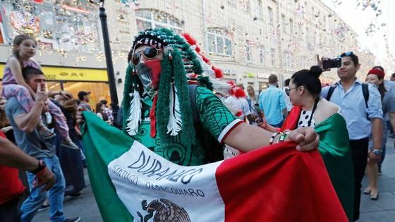 Du khách Mexico được ưu ái ở Nga ảnh 1