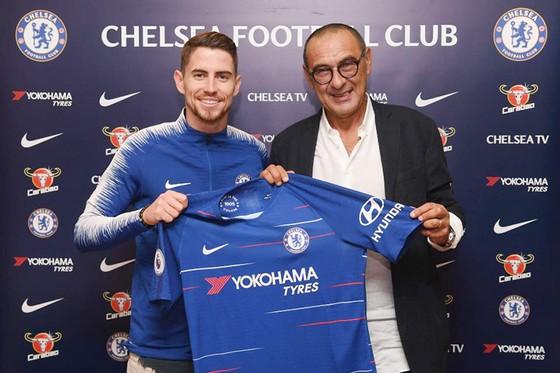 Tân binh của Chelsea, tiền vệ Jorginho: Mẹ đã dạy tôi biết chơi bóng ảnh 3