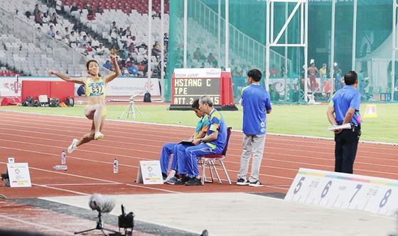 Nhà vô địch Bùi Thị Thu Thảo sẽ dự tranh chung kết nhảy 3 bước nữ. Ảnh: DŨNG PHƯƠNG