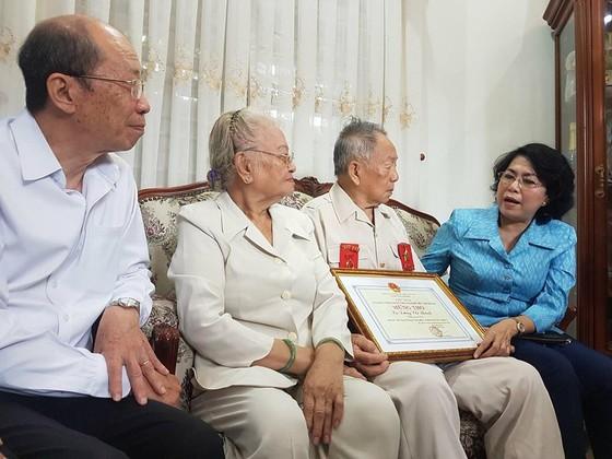Đoàn Lãnh đạo TPHCM thăm, chúc thọ người cao tuổi tiêu biểu      ảnh 1
