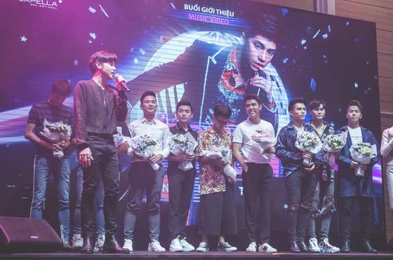 Noo Phước Thịnh tự tin đi ngược thị trường với MV nhạc Dance mới nhất ảnh 3