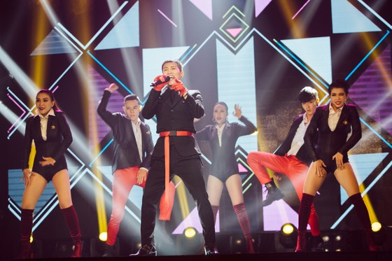 Ca sĩ Lam Trường và Noo Phước Thịnh lần đầu tiên kết hợp trên sân khấu Làn sóng xanh Next Step ảnh 3