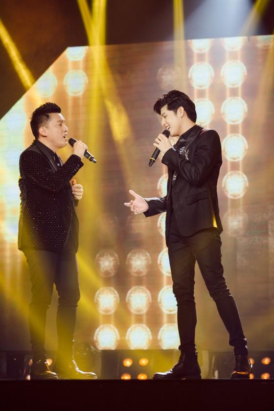 Ca sĩ Lam Trường và Noo Phước Thịnh lần đầu tiên kết hợp trên sân khấu Làn sóng xanh Next Step ảnh 1