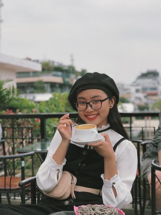 """Phương Mỹ Chi khiến fan thích thú khi cover hit """"HongKong1"""" ảnh 3"""
