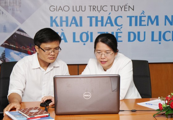 Giao lưu trực tuyến: Khai thác tiềm năng và lợi thế du lịch TPHCM ảnh 1