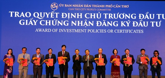 """Thủ tướng Nguyễn Xuân Phúc: Chính quyền Cần Thơ cần phát huy tinh thần """"dám nghĩ dám làm"""" ảnh 2"""