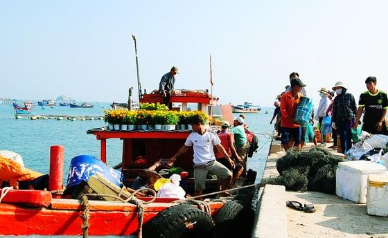 Tết theo những con tàu ra đảo Nhơn Châu ảnh 6